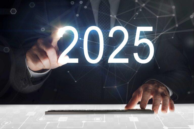 DXのキーワード「2025年の崖」とは?経営者が知っておくべきポイント